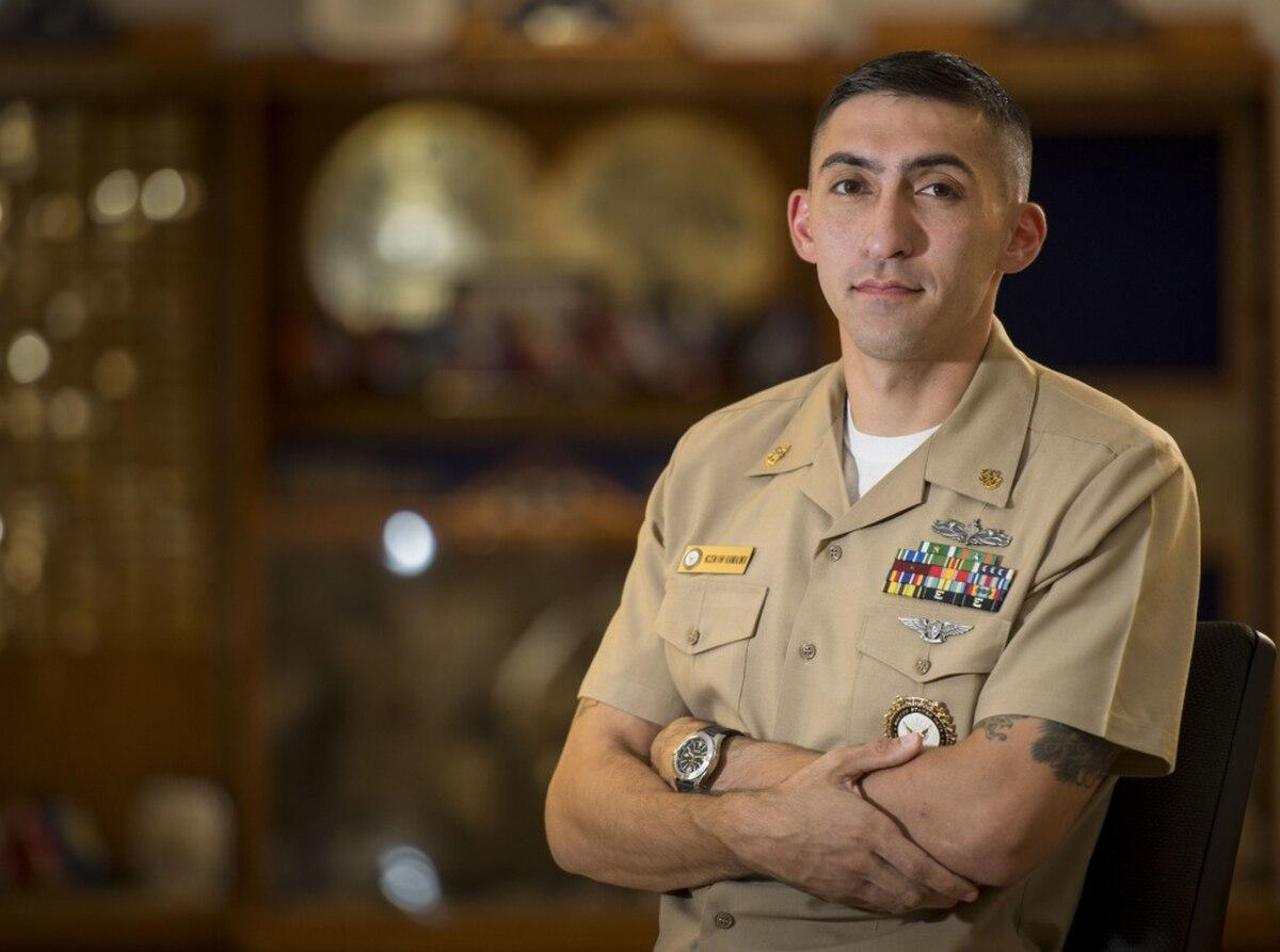 Meet the Navy chief helping suicidal sailors on Reddit