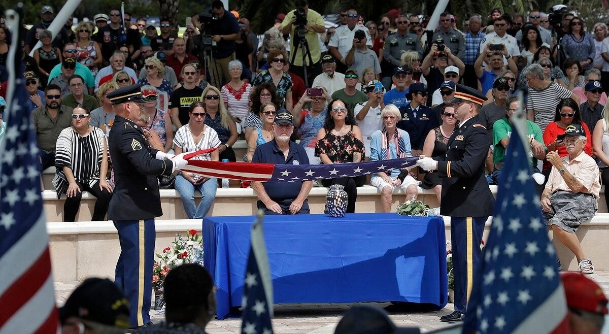 2,000-plus attend funeral of Florida veteran with no kin