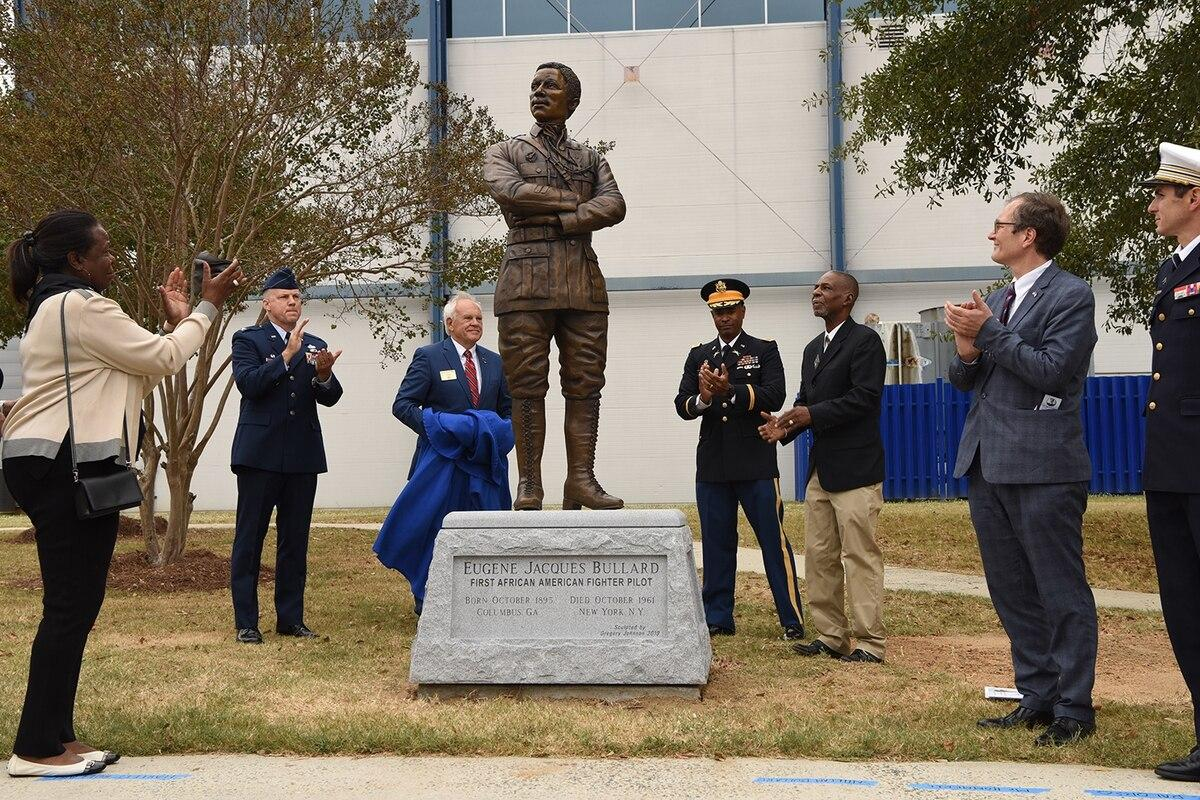 Statue of 1st black fighter pilot unveiled at Robins Air Force Base