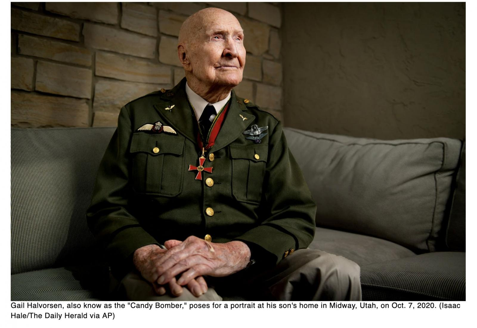 Candy Bomber during Berlin Airlift glides into milestone birthday